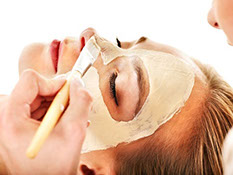 Skincare mask helps remove toxins, rejuvinates with nutrients